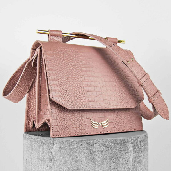 Geanta din piele naturala, cu presaj croco, culoarea roz pudrat Maestsoso Dusty Pink Croco Moneo Bag