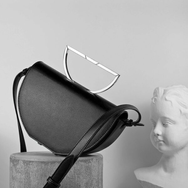 Maestoso Black Leather The Muse Bag