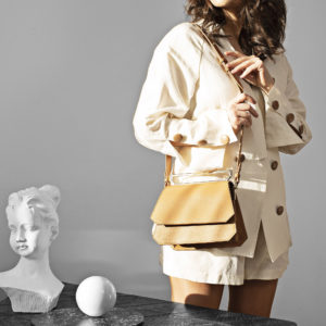 Maestoso Camel Nouvel Leather Bag